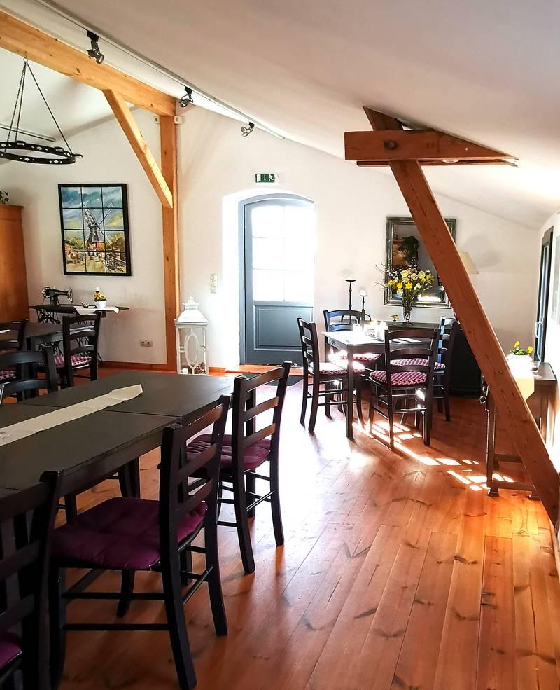 Café Beldorfer Mühle Gastraum oben