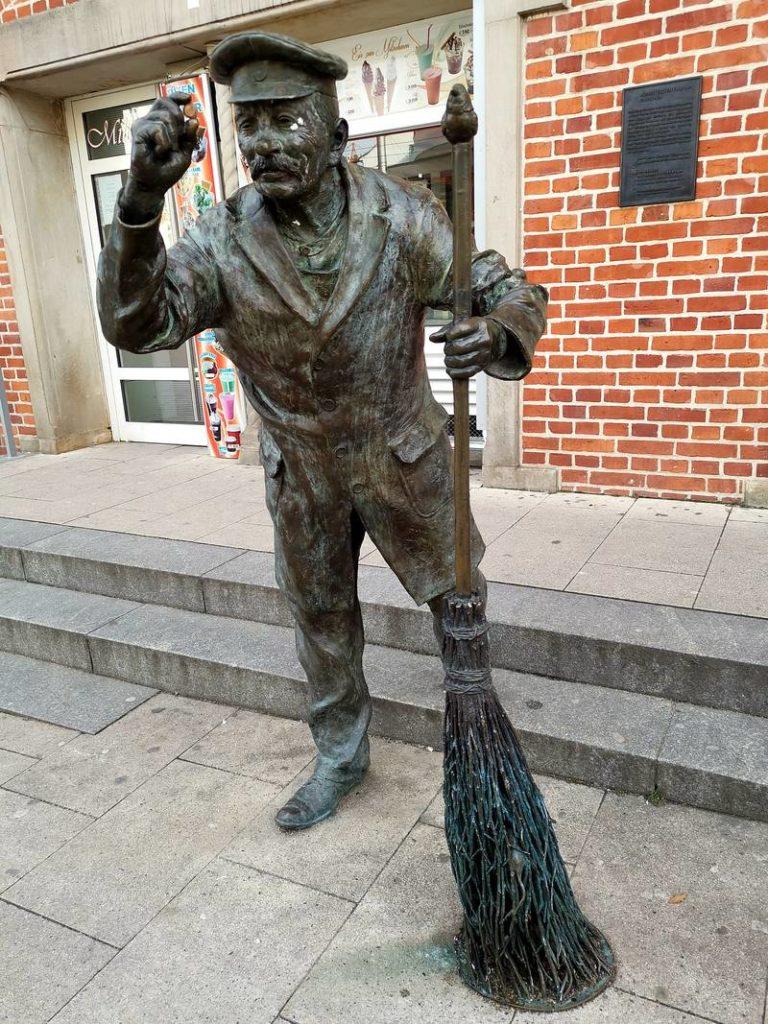 August Felten Skulptur in Schwerin